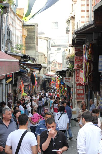 11-06-04a-istanbul-100.jpg