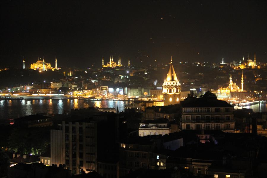 11-06-04a-istanbul-243.jpg